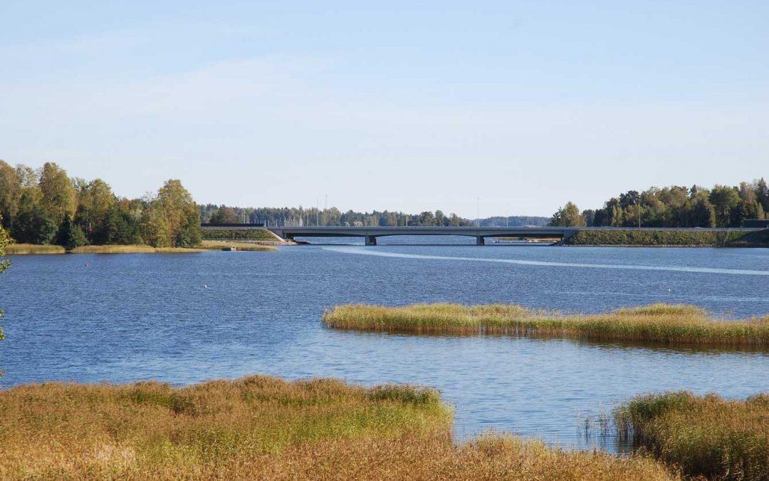 Myytävät asunnot, Espoo, Saunaniemi: Neljä 119 neliön asuntoa, suorat merinäkymät